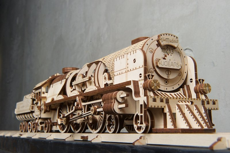 Ugears V-Express Steam Train